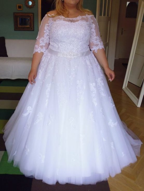 Style #9118e - Lace plus size bridal gown with belt