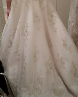 plus size a-line wedding dresses
