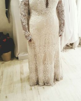#3cfd - Long sleeve embroidered plus size wedding gown