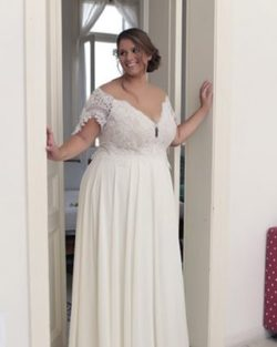58fa6b68a64  9807 - Short sleeve off the shoulder wedding gowns for plus size brides -  235229507016de5f0556ee9561a2