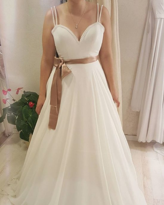 e967 simple and plus size a line wedding gowns